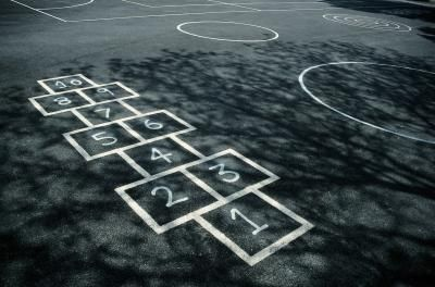 PLAYGROUND GAMES FOR SCHOOLS